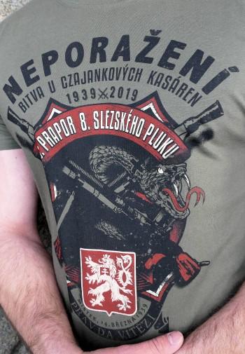 122539ecad31 Tričko Neporaženi army ...